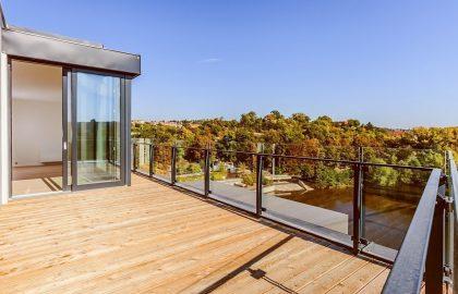 """למכירה בפראג 7 דירת 4+KK בגודל 139 מ""""ר"""