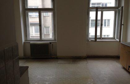 למכירה דירת 3+1 במיקום מעולה בפראג 2