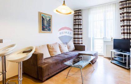 """למכירה בפראג 4 דירת 2+kk בגודל 45 מ""""ר"""