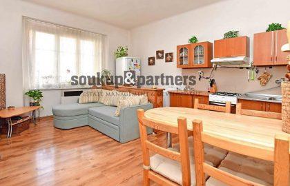 """למכירה בפראג 8 דירת 2+KK בגודל 53 מ""""ר"""