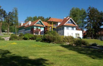 """דירה יפה ומרווחת על שפת אגם ליפנובגודל 73 מ""""ר"""