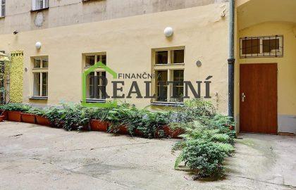 """למכירה בפראג 1 דירת 1+1 בגודל 35 מ""""ר"""