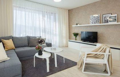 """למכירה בפראג 4 דירת 2+KK חדשה בגודל 53 מ""""ר + 2 מרפסות 28 מ""""ר"""