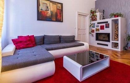 """למכירה בפראג 1 דירת 3+1 בגודל 105 מ""""ר"""