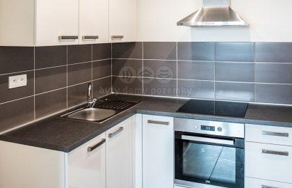 """למכירה בפראג 8 דירת 2+KK בגודל 56 מ""""ר"""