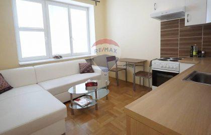 """למכירה בפראג 1 דירת 2+KK בגודל 30 מ""""ר"""