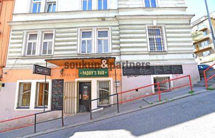 """למכירה בפראג 5 בניין דירות בגודל 650 מ""""ר"""