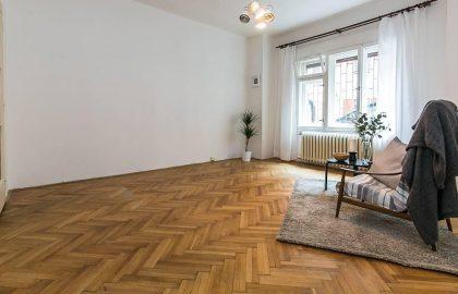 """למכירה דירת 60 מ""""ר בעיר העתיקה של פראג"""