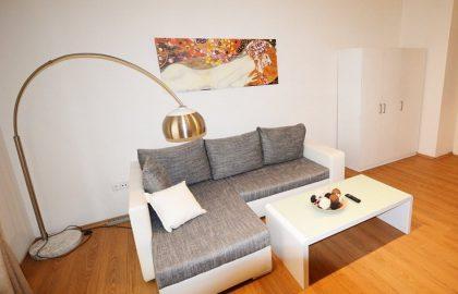 """למכירה בפראג 1 דירת 2 +KK בגודל 46 מ""""ר"""