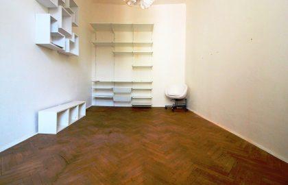 """למכירה בפראג 7 דירת 2+KK בגודל 46 מ""""ר"""